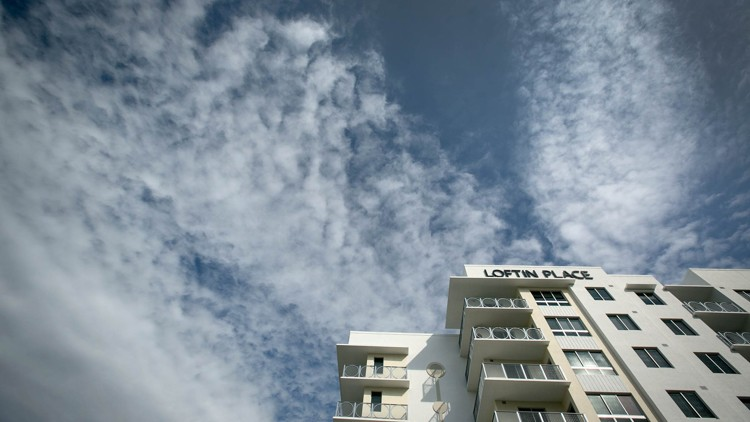 Amid building boom, apartment vacancy rate in West Palm Beach jumps
